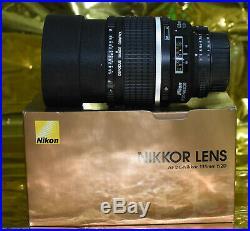 Near mint Nikon AF DC-Nikkor 135mm f/2D PERFECT GLASS MADE IN JAPAN