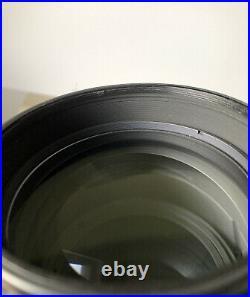 Nikon Nikkor 80-200m f2.8D AF Macro Zoom ED lens
