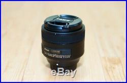 Nikon Nikkor 85mm f/1.8G AF-S camera Lens Black with Hood Pouch
